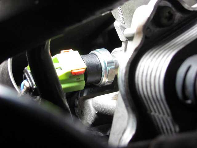 BMWミニオイルプレッシャーセンサー交換