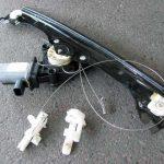 フィアット500サイドガラス落下レギュレーター破損